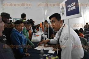 Xalapa, Ver., 24 de agosto de 2016.- La ma�ana de este mi�rcoles se dio inicio a la Feria del Empleo, organizada por la Secretaria del Trabajo y Previsi�n Social del Estado.