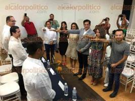 Boca del R�o, Ver., 26 de agosto de 2016.-  Al interior de las instalaciones de la COPARMEX rindi� protesta el Comit� de Actividades Art�sticas de la Fundaci�n 500 A�os de la Veracruz, asociaci�n privada que organizar� eventos para celebrar el aniversario del establecimiento del primer municipio de Am�rica.