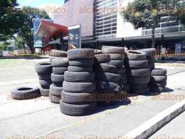 Xalapa, Ver., 27 de agosto de 2016.- Con la finalidad de evitar la propagaci�n del mosco del dengue, chicungunya o zika, el ayuntamiento puso en marcha el
