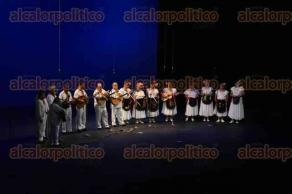 Xalapa, Ver., 30 de agosto de 2016.- Se efectu� la tradicional Revista Musical de la Quinta de las Rosas, realizada en el marco de la celebraci�n de la Semana del Adulto Mayor, en el Teatro del Estado �General Ignacio de la Llave�.