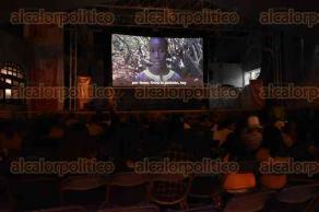 Xalapa, Ver., 30 de agosto de 2016.- La noche de este martes se efectu� la Muestra de Cine con Perspectiva de G�nero (MIC Genero), con la presencia de la agencia de ONU para los refugiados, en el foro abierto de la Casa del Lago.