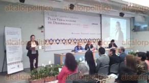 Xalapa, Ver., 31 de agosto de 2016.- Se desarroll� en la Unidad de Servicios Bibliotecarios y de Informaci�n de la Universidad Veracruzana el Foro