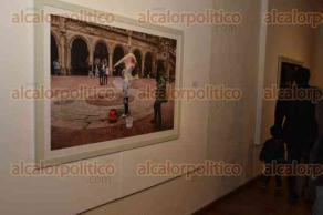 Xalapa, Ver., 31 de agosto de 2016.- El fot�grafo Claudio Torres Nach�n inaugur� su exposici�n