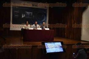 Xalapa, Ver., 28 de septiembre de 2016.- Con la participaci�n de Abimael Rodr�guez Sosa, Rodolfo Mendoza Rosendo y Silvia Alejandra Prado, se desarroll� la conferencia de prensa para dar a conocer el programa Recorridos virtuales y kioscos digitales.