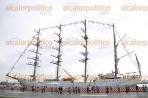 Veracruz, Ver., 29 de septiembre de 2016.- El buque escuela de la Armada de Guerra de Per�,