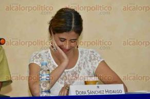 Xalapa, Ver., 29 de septiembre de 2016.- Presentaci�n del libro
