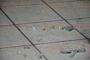 Veracruz, Ver., 30 de septiembre de 2016.- Tres hombres armados con pistolas asaltaron la casa de empe�o