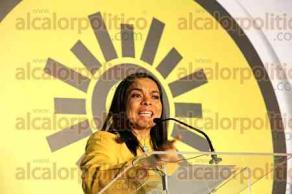 Ciudad de M�xico, 30 de septiembre de 2016.- La presidenta del PRD, Alejandra Barrales, encabez� el 8o. Pleno Extraordinario del IX Consejo Nacional del partido, donde consejeros aprobaron protestar en la Secretar�a de Hacienda este 6 de octubre para defender el presupuesto 2017 e impedir recortes a programas.