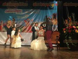 Coscomatepec, Ver., 30 de septiembre de 2016.- Con la coronaci�n de Marliz I, quien representar� al pueblo por un a�o, autoridades municipales dieron inicio a la feria.