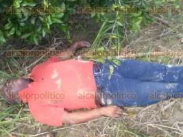 Papantla, Ver., 24 de octubre de 2016.- En la comunidad de La Laguna, fue hallado el cuerpo de un taxista de 46 a�os de edad, quien hab�a desaparecido el domingo pasado despu�s de llevar una carrera a la colonia Morelos del municipio de Coatzintla.