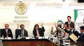 Ciudad de M�xico, 26 de octubre de 2016.- El presidente de la Comisi�n de Justicia, Fernando Yunes M�rquez, encabeza la comparecencia de Ra�l Cervantes Andrade, senador con licencia, postulado por el presidente Enrique Pe�a Nieto para ser titular de la PGR.