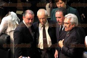 Ciudad de M�xico, 26 de octubre de 2016.- El pleno del Senado ratific� como procurador general de la Rep�blica a Ra�l Cervantes, quien destac� su compromiso para tener resultados en casos como el de Ayotzinapa. Los coordinadores del PRD, PAN y PRI lo felicitaron en su nueva encomienda.