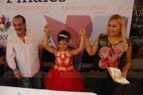 Veracruz, Ver., 5 de diciembre de 2016.- Tras reunir 76 mil 200 votos, la pequeña María Fernanda Cesta Luna fue nombrada Reina Infantil del Carnaval 2017. Debido a que la categoría de Rey Infantil se declaró desierta, será el DIF Municipal el que designe a un menor.