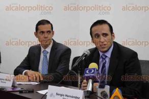 Xalapa, Ver., 6 de diciembre de 2016.- Diputados panistas ofrecieron conferencia de prensa previo a la sesión para dar a conocer sus iniciativas.