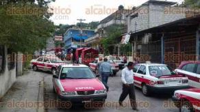 Papantla, Ver., 7 de diciembre de 2016.- Taxistas de la Sierra del Totonacapan de la agrupación