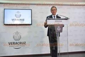 Xalapa, Ver., 16 de enero de 2017.- El gobernador Miguel Ángel Yunes Linares, en conferencia de prensa anunció una iniciativa que presentó al Congreso del Estado para reformar la Ley de Tránsito en Veracruz.