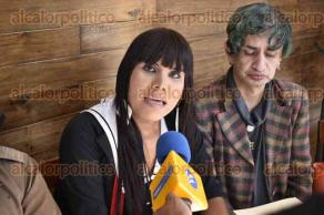 Xalapa, Ver., 16 de enero de 2017.- En conferencia de prensa, la directora del Instituto Municipal de la Mujer, Yadira Hidalgo y activistas informaron que Veracruz es el segundo lugar en el país en casos de crímenes por homofobia y, Xalapa, el primer lugar a nivel estatal.