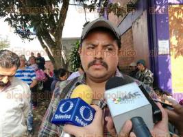 Xalapa, Ver., 18 de enero de 2017.- Integrantes de MOSIV-CNPA se manifiestan en las instalaciones de SEDESOL federal sin permitir la entrada a trabajadores.