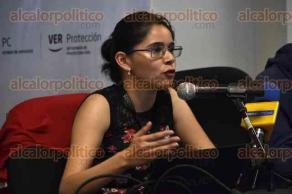 Xalapa, Ver., 20 de enero de 2017.- El subcoordinador de Fenómenos Atmosféricos de la Secretaría de Protección Civil, José Llanos, durante rueda de prensa del Comité de Meteorología del Estado de Veracruz.