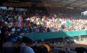 Xalapa, Ver., 21 de enero de 2017.- Los Chileros deleitaron a la afición con su triunfo sobre los Petroleros de Minatitlán.