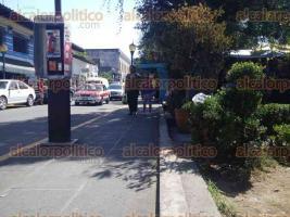"""Coatepec, Ver., 18 de febrero de 2017.- Tras el retiro de comerciantes ambulantes que invadían alrededores del mercado """"Miguel Rebolledo"""