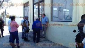 Veracruz, Ver., 23 de febrero de 2017.- Un café de la empresa The Italian Coffee Company, ubicado en la esquina de avenida Salvador Díaz Mirón y calle de Alvarado, fue asaltado este jueves por 2 hombres armados que huyeron a motocicleta.