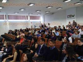 Xalapa, Ver., 22 de marzo de 2017.- Rafael Coello Cetina, secretario general de Acuerdos de la Suprema Corte de Justicia de la Nación, impartió la conferencia magistral