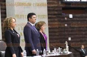 Ciudad de México, 23 de marzo de 2017.- En la Cámara de Diputados, legisladores guardaron un minuto de silencio en memoria a los periodistas Miroslava Breach y Ricardo Monlui, asesinados en Chihuahua y Veracruz respectivamente.