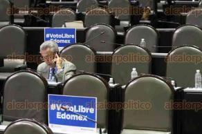 Ciudad de México, 23 de marzo de 2017.- En San Lázaro, durante la sesión de este jueves, abordaron varios temas con ausencia de muchos legisladores y la poca atención de algunos de los asistentes.