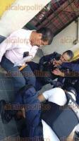 Xalapa, ver., 29 de marzo de 2017.- Sujetos armados balean a un hombre sobre la calle Zamora, entre pizzas Carusso y el Banamex. Fue trasladado a la clínica del IMSS.