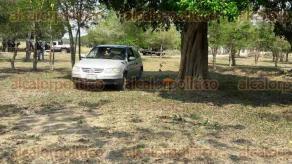 Acayucan, Ver., 25 de abril de 2017.- Localizan a dos ejecutados del sexo masculino, a cien metros del río San Juan, cerca de un rancho, ubicado en la localidad de La Peña.