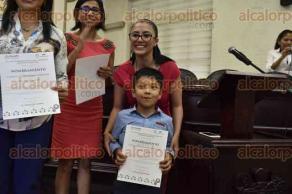 Xalapa, Ver., 27 de abril de 2017.- La tarde de este jueves rindieron protesta los niños, niñas y adolescentes integrantes de la Red de Difusores de Xalapa, en la sala de cabildo del Palacio Municipal.