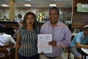 Xalapa, Ver., 28 de abril de 2017.- El representante de MORENA ante el OPLE, Rafael Carvajal, denunció que desde el registro de Liud Herrera Félix como candidata a la alcaldía de Tlapacoyan, ésta ha sido amenazada a través de llamadas telefónicas.