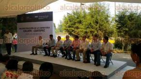 Coatepec, Ver., 29 de abril de 2017.- El gobernador Miguel Ángel Yunes Linares anunció la reconstrucción de la carretera Xalapa-Coatepec.