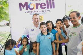 Boca del Río, Ver., 23 de mayo de 2017.- El candidato de la alianza PAN-PRD, se reunió con padres de familia y alumnos del CAM 62, donde propuso crear oficina de atención especial para personas con capacidades diferentes y para niños especiales.