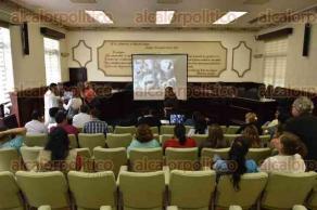 Xalapa, Ver., 24 de mayo de 2017.- Conferencia de prensa a cargo de la Embajada Mundial por la Paz, para concientizar a personas sobre la importancia de la donación de sangre, en sala de cabildos del Palacio municipal.