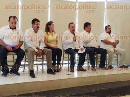 Poza Rica, Ver., 26 de mayo de 2017.- En su visita, Jesús Zambrano, dijo que para la contienda electoral del próximo 4 de junio, espera que alianza PAN-PRD logré el triunfo en al menos 150 de los 212 municipios de Veracruz.