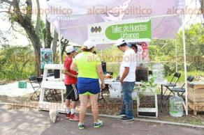 Xalapa, Ver., 28 de mayo de 2017.- Familias aprovecharon de Vía Recreativa en Murillo Vidal, disfrutando el ciclismo urbano, arte, huertos urbanos, expresión corporal, zumba, capoeira, juegos autóctonos y primeros auxilios, entre otras actividades.
