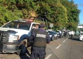 Xalapa, Ver., 23 de junio de 2017.- Elementos de la Policía Federal, apoyados por personal de Transporte Público del Estado y Tránsito del Estado, montaron un operativo para revisar vehículos de transporte público en varios puntos de la ciudad.