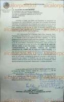 Xalapa, Ver., 23 de junio de 2017- Este viernes, personal de la Legislatura pegó en la puerta del cubículo de la diputada Eva Cadena, la notificación para someter al Pleno el dictamen de la Comisión Instructora relativo al procedimiento de desafuero en su contra.