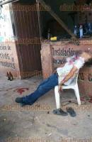 Acayucan, Ver., 23 de junio de 2017.- La tarde de este viernes, un joven de 16 años fue ejecutado a balazos en el taller eléctrico de su familia, en el entronque Juan de la Luz Enríquez, a la altura de la colonia Malinche.