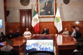 Xalapa, Ver., 25 de junio de 2017.- El gobernador Miguel Ángel Yunes Linares ofreció rueda de prensa en Palacio de Gobierno.