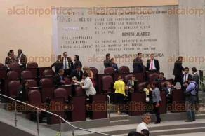Xalapa, Ver., 26 de junio de 2017.- La tarde de este lunes diputados llevaron a cabo la Octava Sesión Ordinaria en el Recinto Oficial de Sesiones del Congreso del Estado.