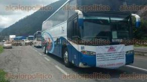 Orizaba, Ver., 27 de junio de 2017.- Con el propósito de exigir que sea retirado el transporte