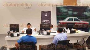 Coatzacoalcos, Ver., 27 de junio de 2017.- En el módulo de este municipio para el trámite de Regularización de Transporte, se han entregado mil 456 constancias de concesiones; la última semana se han otorgado 70 diariamente.