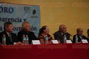 Xalapa, Ver., 28 de junio de 2017.- Foro sobre transparencia y acceso a la información y mesa redonda en el auditorio de la FESAPAUV.