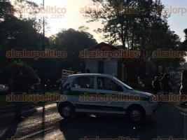 Xalapa, Ver., 22 de julio de 2017.- La mañana de este sábado, se registró una carambola en la que participaron más de 6 autos, sobre Lázaro Cárdenas con dirección aVeracruz, a la altura de la Estancia Garnica.