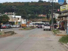 Xalapa, Ver., 25 de julio de 2017.- La avenida México fue acordonada por la Policía estatal por un hecho de violencia.