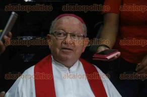 Veracruz, Ver., 25 de julio de 2017.- El obispo de la Diócesis de Veracruz, Luis Felipe Gallardo Martín del Campo, dijo que no reforzarán la seguridad en la Catedral luego del atentado con explosivos que sufriera la sede del episcopado en la Ciudad de México.