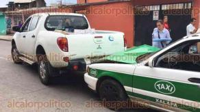 Xalapa, Ver., 25 de julio de 2017.- Supuesto trabajador de Gobierno, provoca accidente automovilístico durante la movilización policiaca tras ejecución en la colonia La Lagunilla.